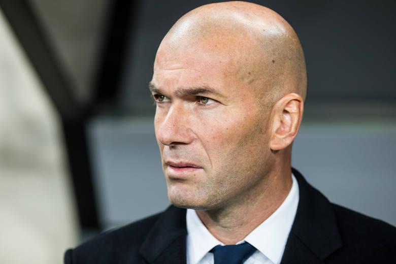 """Trener drużyny """"Królewskich"""" Zinedine Zidane"""