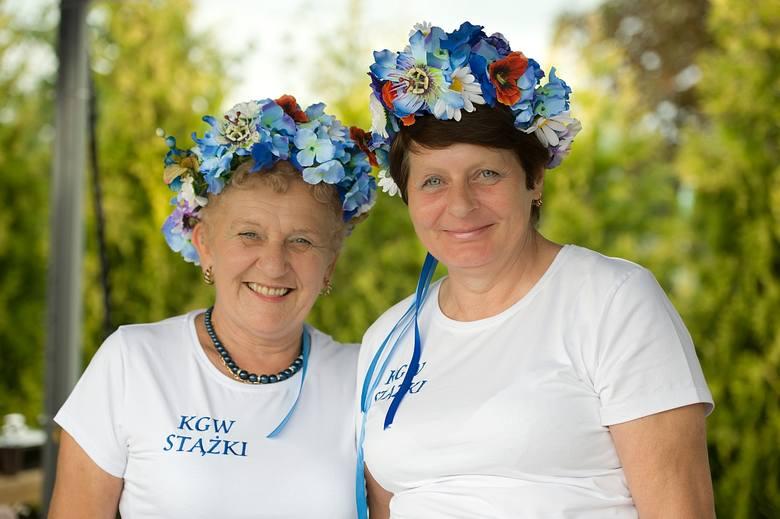 Pani Barbara i pani Halina z Koła Gospodyń Wiejskich w Stążkach.