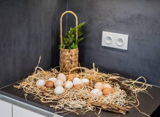 Świąteczne dekoracje w kuchni czy łazience? To dobry pomysł, byle nie będą przeszkadzały w korzystaniu z tych pomieszczeń.