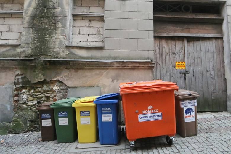 Wywóz śmieci drożeje w zastraszającym tempie.
