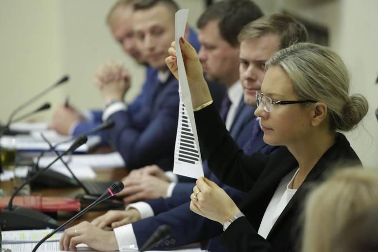 Komisja ds. Amber Gold  przedstawiła raport końcowy