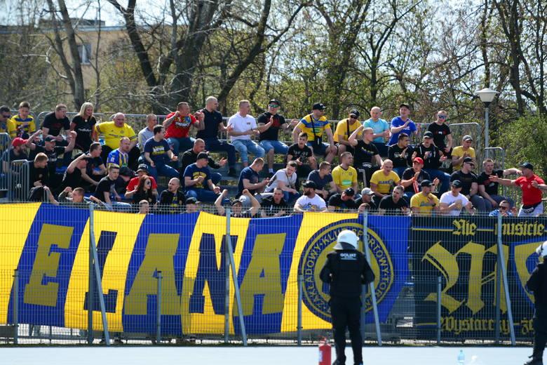 Radomiak Radom - Elana Toruń 2:0. Gospodarze już bardzo blisko awansu, Elana zawiodła i musi szukać punktów w kolejnym meczu. Mamy zdjęcia z Radomia.Radomiak