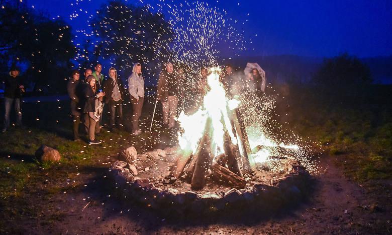 Zapłonęły ogniska. Nad Wisłą w Fordonie zainaugurowano Rok Rzeki Wisły