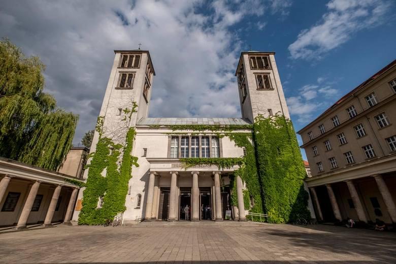 Kościół dominikanów otwarty dla wiernych. Od 26 kwietnia wznowione są msze w niedziele i dni powszechne. Maksymalna liczba uczestniczących jednak nie