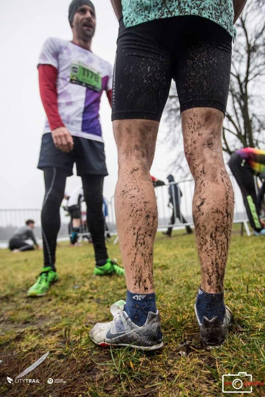 Sobotni bieg nad Rusałką upłynął pod znakiem rywalizacji na trudnje, błotnistej trasie