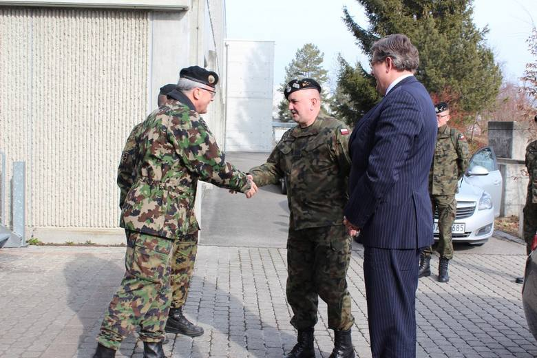 Od początku marca, przez trzy kolejne miesiące żołnierze załóg czołgów Leopard z 10. Brygady Kawalerii Pancernej (10BKPanc) szkolą się w bazie treningowej