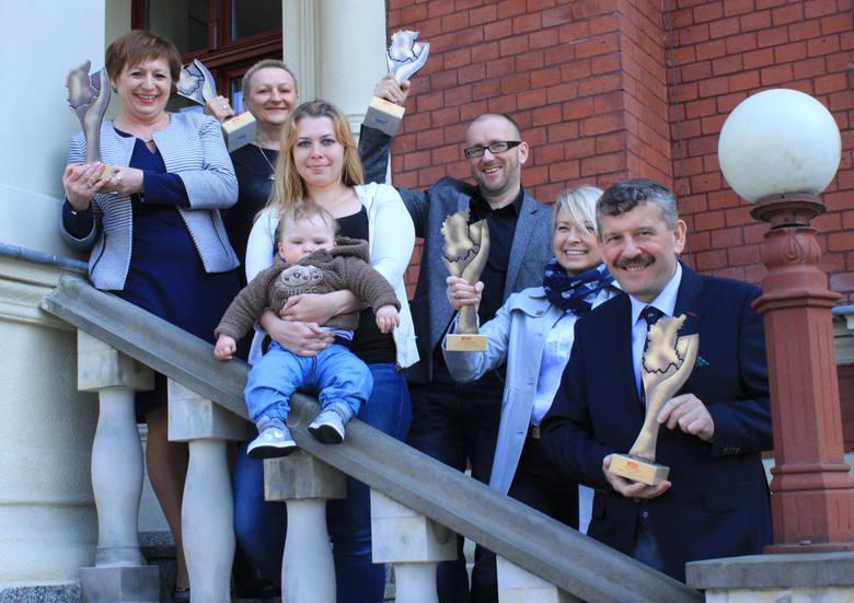 Laureaci plebiscytu Lubuszanin Roku 2014 odebrali statuetki (wideo, zdjęcia)