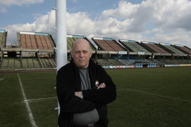 Grzegorz Lato początki trenerskiej kariery spędził w Stali Mielec, z którą zajął 6. miejsce w ówczesnej 1 lidze