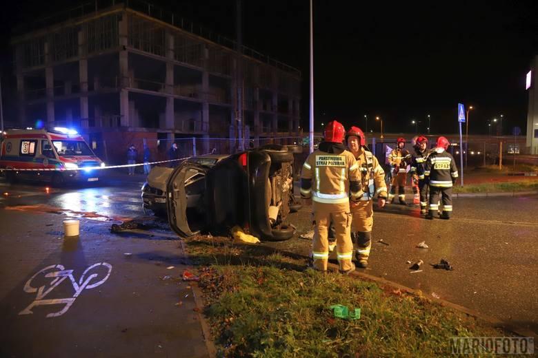 Kolizja trzech samochodów przy Centrum Wystawienniczo-Kongresowym w Opolu