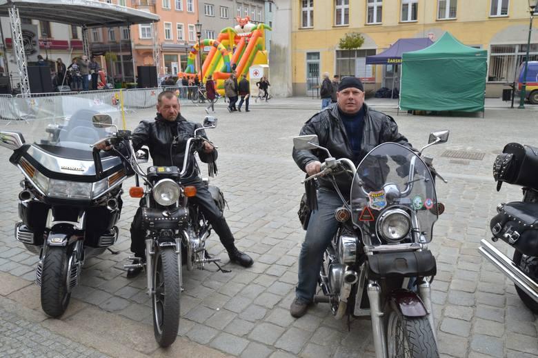 Motocykliści w Żarach oddawali krew dla najmłodszych