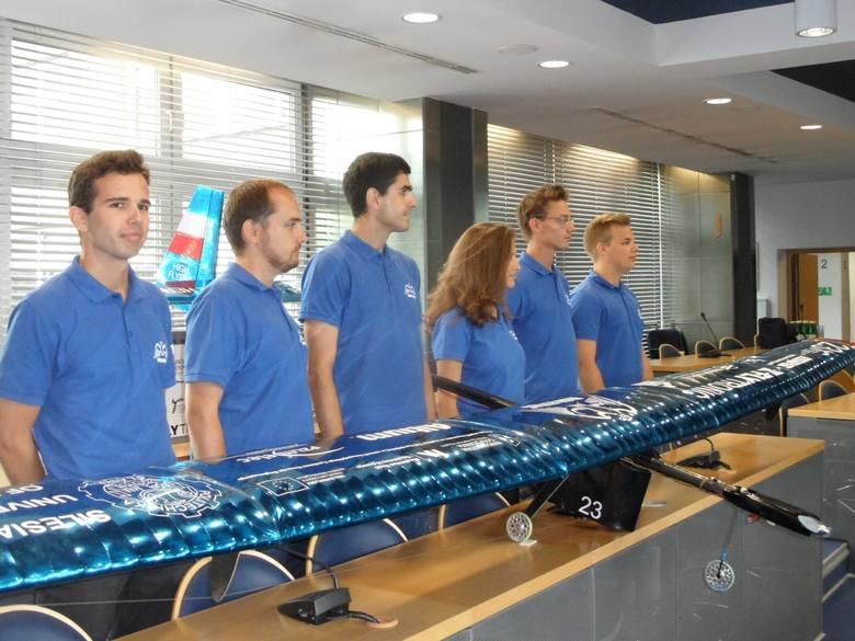 Sukces studentów Politechniki Śląskiej. Dron z Gliwic spodobał się w Portugalii