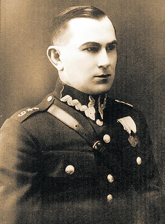 Kpt. Władysław Liniarski 1937. Fotografia ze zbiorów Grażyny Sibilskiej, wnuczki.