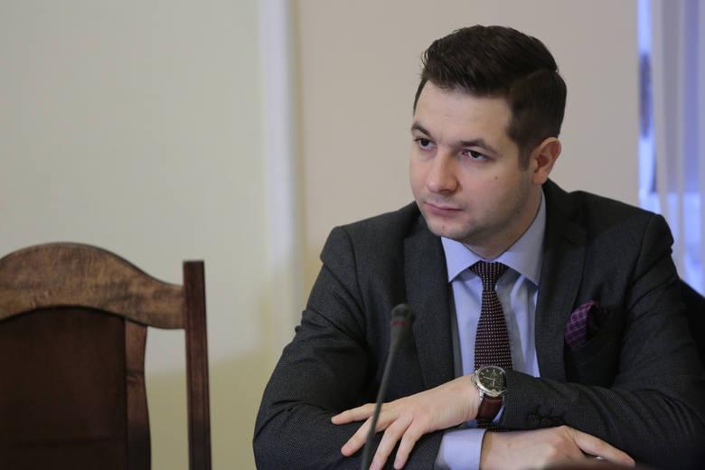 Kamil Kobylarz i Hubert Massalski o reprywatyzacji w Warszawie [TRANSMISJA NA ŻYWO] Komisja weryfikacyjna przesłuchuje kolejnych świadków
