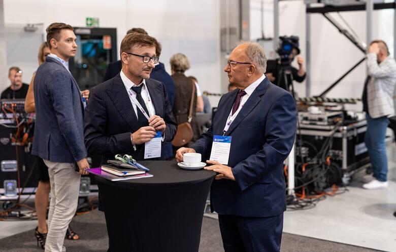 I Europejski Kongres Elektromobilności w Zielonej Górze. Podczas niego odbyły się dwie debaty oraz podpisanie listu intencyjnego w sprawie powstanie