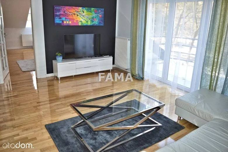 WŁOCŁAWEKTrzypokojowe mieszkaniePowierzchnia: 80 m kw.Opłata za wynajem: 2,5 tys. zł, dodatkowo czynsz 260 złKaucja: 3 500 złhttps://www.otodom.pl/p