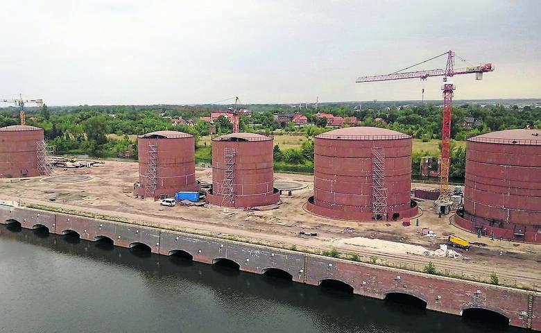 Pracę przy budowie portu już znalazło 200 osób. Jego reaktywacja miała być szansą na rozwój żeglugi. Szkoda byłoby zaprzepaścić taką inwestycję,
