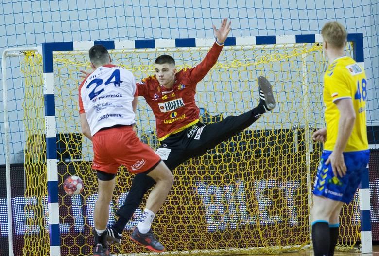 Piłkarze ręczni Łomża Vive Kielce w sobotnim meczu PGNiG Superligi pokonali Energę MKS Kalisz 32:25. Po niektórych zawodnikach mistrza Polski widać było