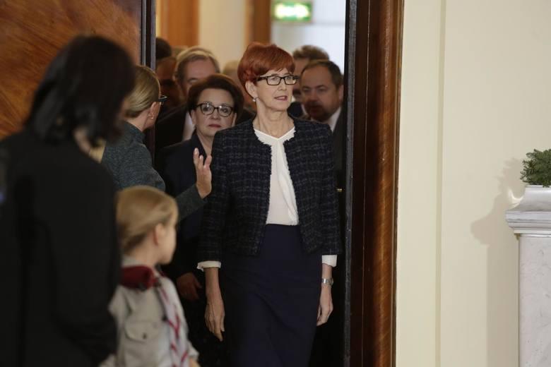 Minister rodziny, pracy i polityki społecznej - Elżbieta Rafalska deklaruje wyłączenie dodatkó stażowych z płacy minimalnej od 1 stycznia 2020 r.