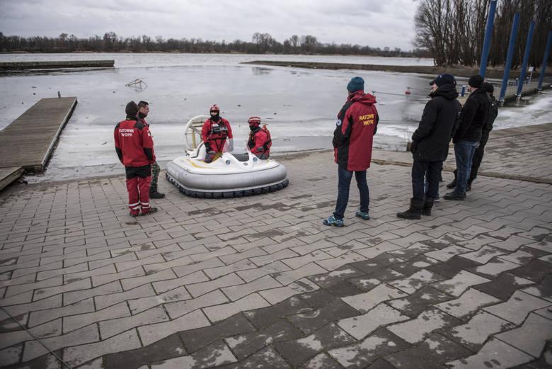 W lutym poszukiwania na Wiśle wznowił Krzysztof Rutkowski. Niestety, Remka nie odnaleziono