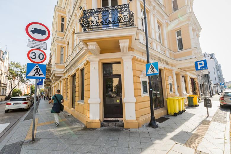 W Bydgoszczy przybywa miejsc, w których można zjeść smacznie, zdrowo i bezmięsnie. Niektóre lokale są wyłącznie wegańskie, inne wegetariańskie, jeszcze