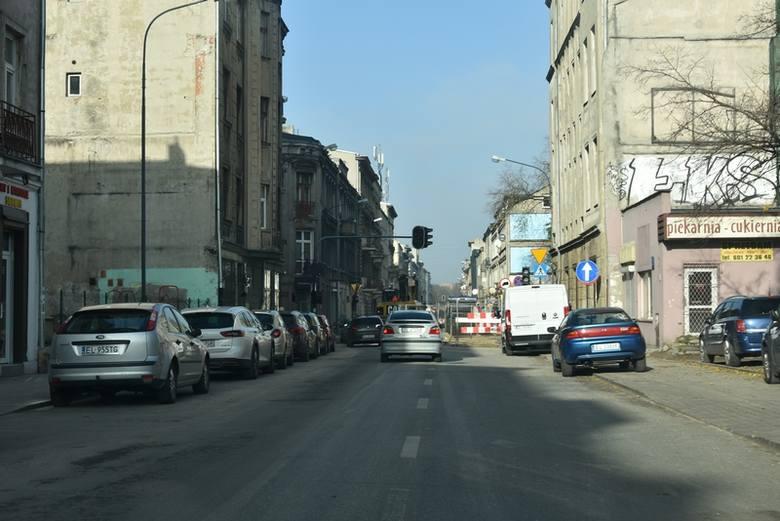 Na odcinku ul. Wschodniej od ul. Narutowicza do ul. Jaracza nadal obowiązuje ruch dwukierunkowy.