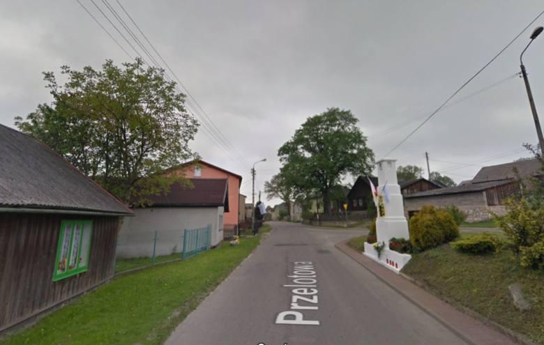 Ktoś strzelał do samochodów, jadąc dąbrowskimi ulicami Przelotową i Żołnierską Zobacz kolejne zdjęcia/plansze. Przesuwaj zdjęcia w prawo - naciśnij strzałkę