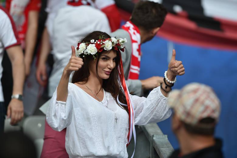 Polska - Niemcy. Biało-czerwoni kibice na meczu w Paryżu [GALERIA]