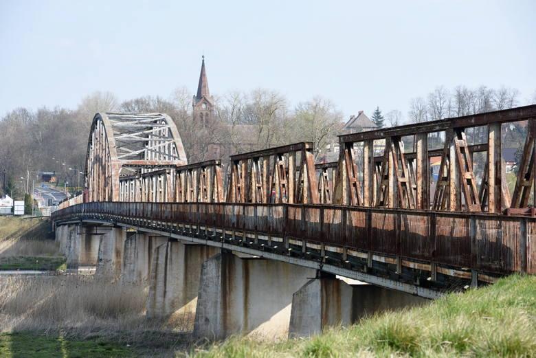 Mieszkańcy przez kilka miesięcy walczyli o remont starego mostu w Cigacicach. Pod koniec lutego podpisano umowę z konsorcjum dwóch firm z Wrocławia na