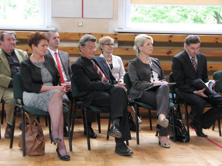 Żnin. Wręczenie raportu z ewaluacji Zespołu Publicznych Szkół w Żninie