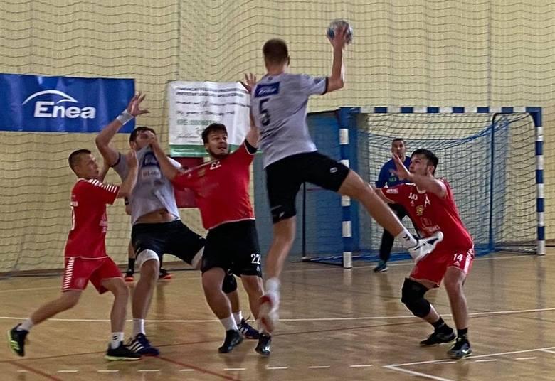 Piłkarze ręczni Handbalovego Buska czwarci na turnieju w Zwoleniu
