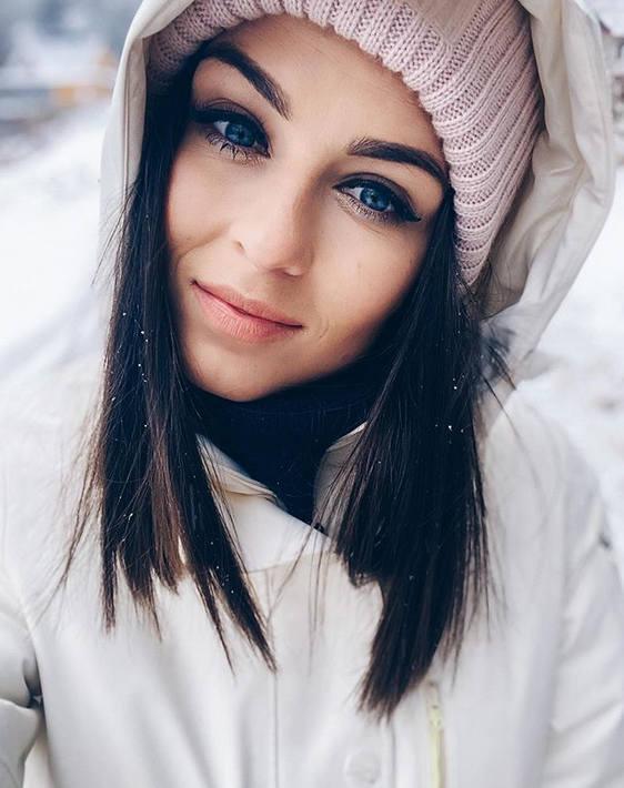 Agnieszka Kot jest trenerką personalną i właścicielką studia fitness. W przeszłości trenowała lekkoatletykę.