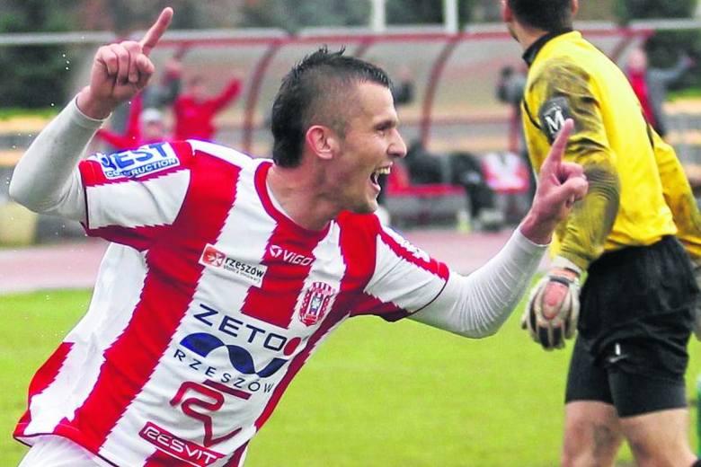 Tomasz Ciećko w Siarce Tarnobrzeg strzelił 8 goli, ale w pewnym momencie stracił miejsce w podstawowym składzie. Przy Wyspiańskiego zawodnik dostanie