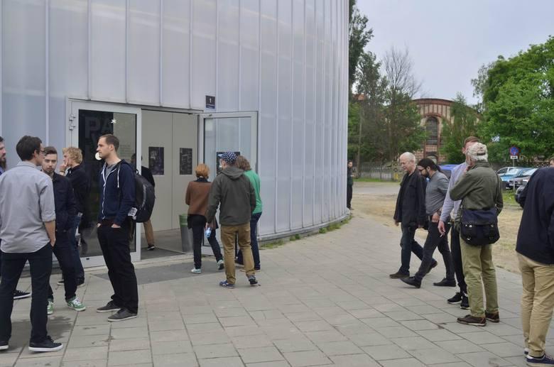 Dyskusja o skateboardingu w Pawilonie Nowa Gazownia