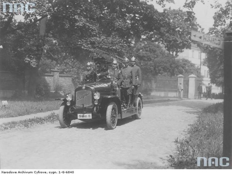 Samochód Warszawskiej Straży Ogniowej, 1926 rok