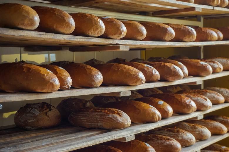 CHLEBTłuszcze trans występują w chlebie.