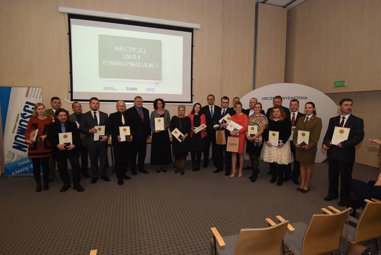Na uroczystość zaprosiliśmy wszystkich laureatów pierwszych miejsc w rankingu powiatowym, wśród których wyróżniliśmy zwycięzców etapu wojewódzkiego.