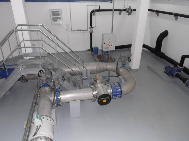 Instalacja technologiczna na zbiornikach wody Parcze