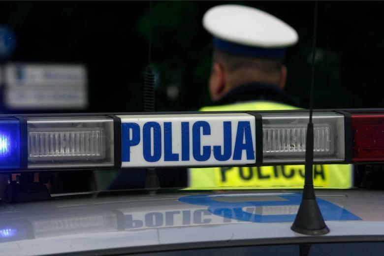 Komendant wojewódzki policji w Bydgoszczy pozwał toruńskiego kryminalnego do sądu. Żądał, by zapłacił za naprawę służbowego auta, bo rzekomo doprowadził