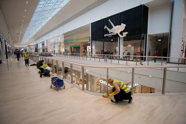 Posnania - otwarcie. Byliśmy już wewnątrz - tak centrum handlowe wygląda w środku!