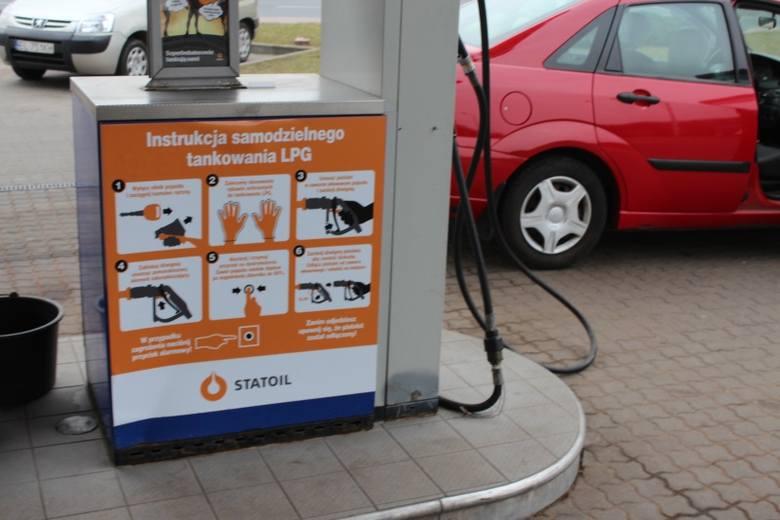 Samodzielne tankowanie gazu LPG jest możliwe m.in. na stacji przy al. Włókniarzy.