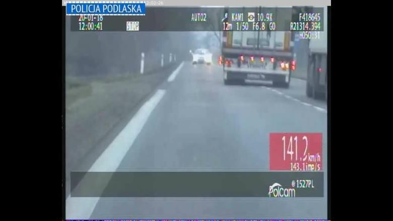 Grupa SPEED w akcji. Kierowca ciężarówki na DK 8 wyprzedzał mimo zakazu [wideo]