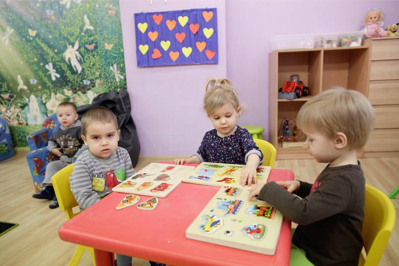Obecnie do prywatnych żłobków chodzi blisko 2 tysiące dzieci. Ich rodzice muszą za to płacić.