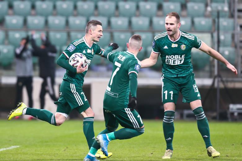 Sobotni mecz Pogoni Szczecin ze Śląskiem Wrocław będzie starciem drużyn z problemami. Swoje problemy kadrowe mają jedni i drudzy, ale udało nam się ustalić,