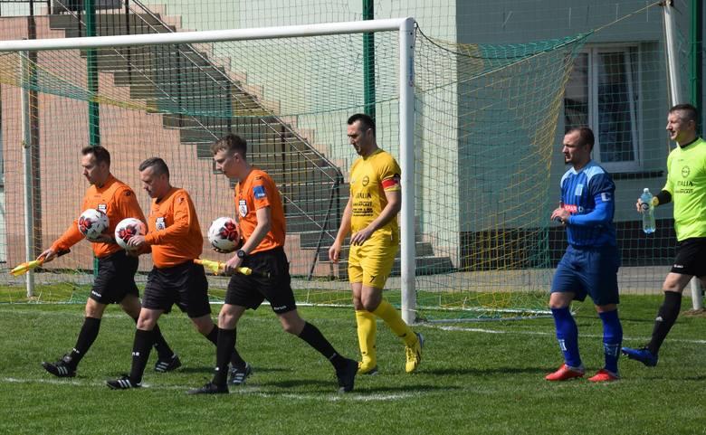 W weekend 12-14 kwietnia 2019 na boiskach od 1 ligi do klasy B rozegrano kilkadziesiąt spotkań piłkarskich. Zapraszamy do przeczytania relacji naszych