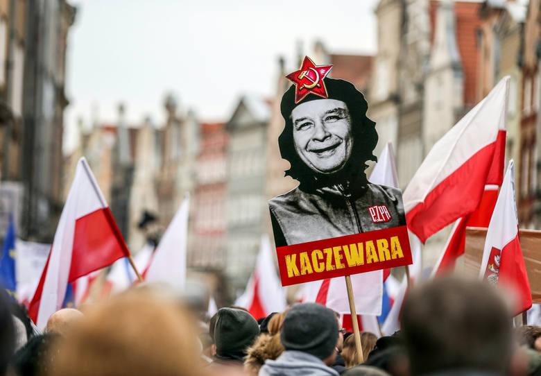 Jarosław Kaczyński przywykł już, że śmieje się ostatni