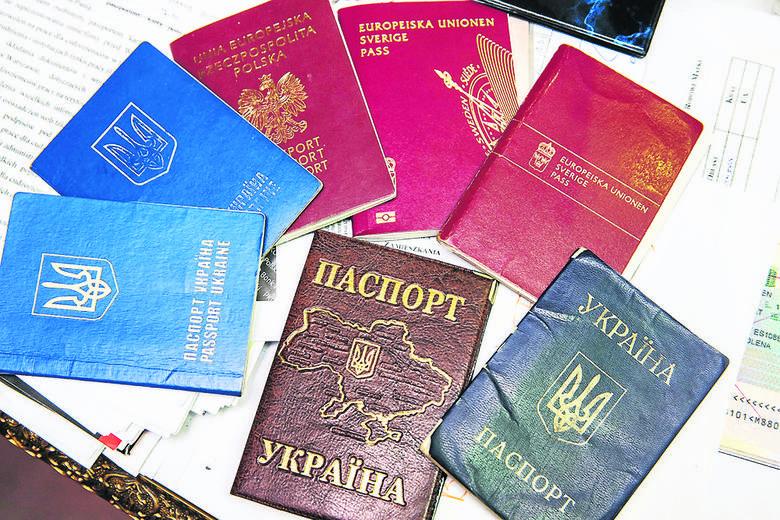 Obywatele Ukrainy nieświadomie płacili pośrednikom grube pieniądze za fałszywe dokumenty