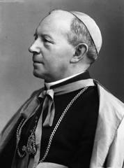 Biskup Adolf Piotr Szelążek