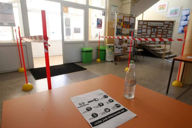 Szkoły podstawowe są gotowe na przyjęcie uczniów klas I-III