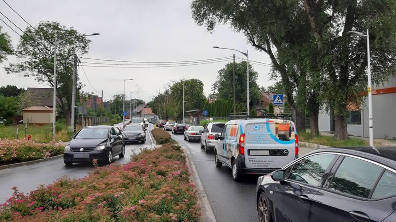 Remonty przejazdów kolejowych na Swojczycach. Zamknęli ważny wjazd do Wrocławia