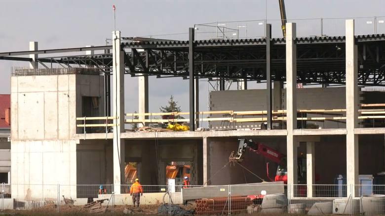 Terminal Portu Lotniczego Warszawa - Radom budowany jest bez opóźnień, a nawet może być oddany do użytku przed terminem.
